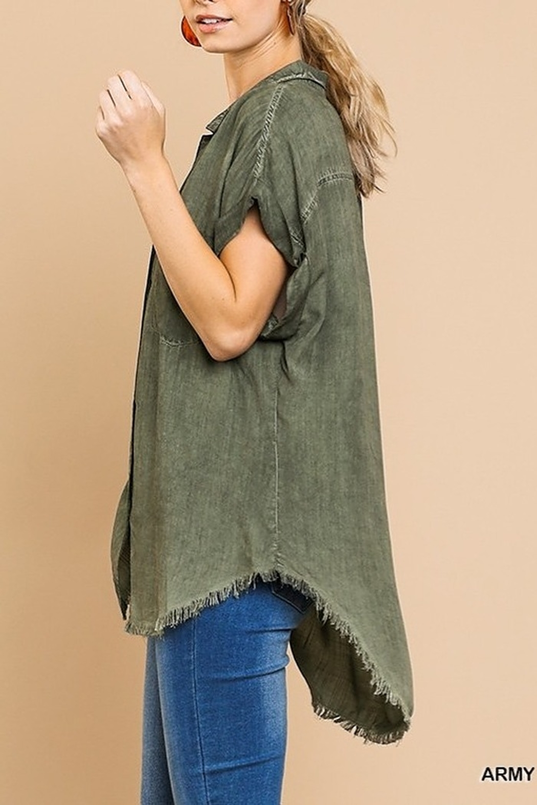 Umgee  Washed Button Up Short Sleeve Top with Frayed Hemline - Side Cropped Image