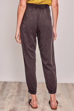 Mustard Seed  Washed Jogger with Waist tie - Alternate List Image