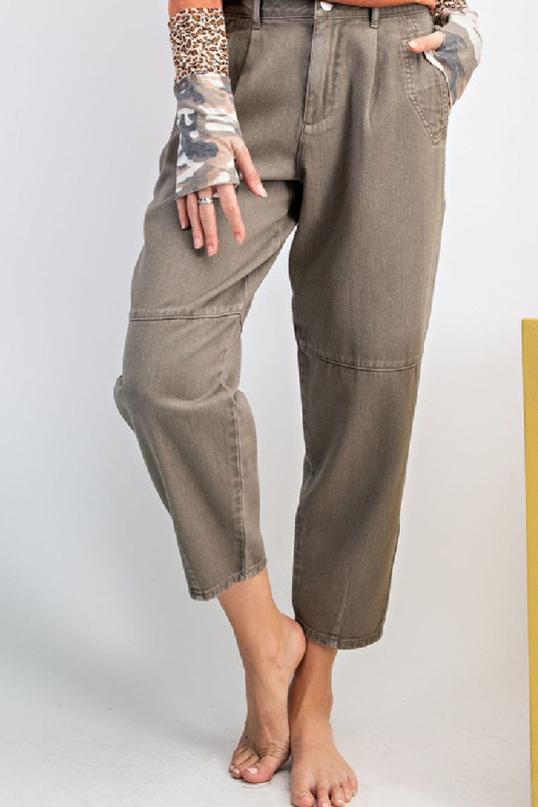 easel  Washed Mom Twill Pant - Front Full Image