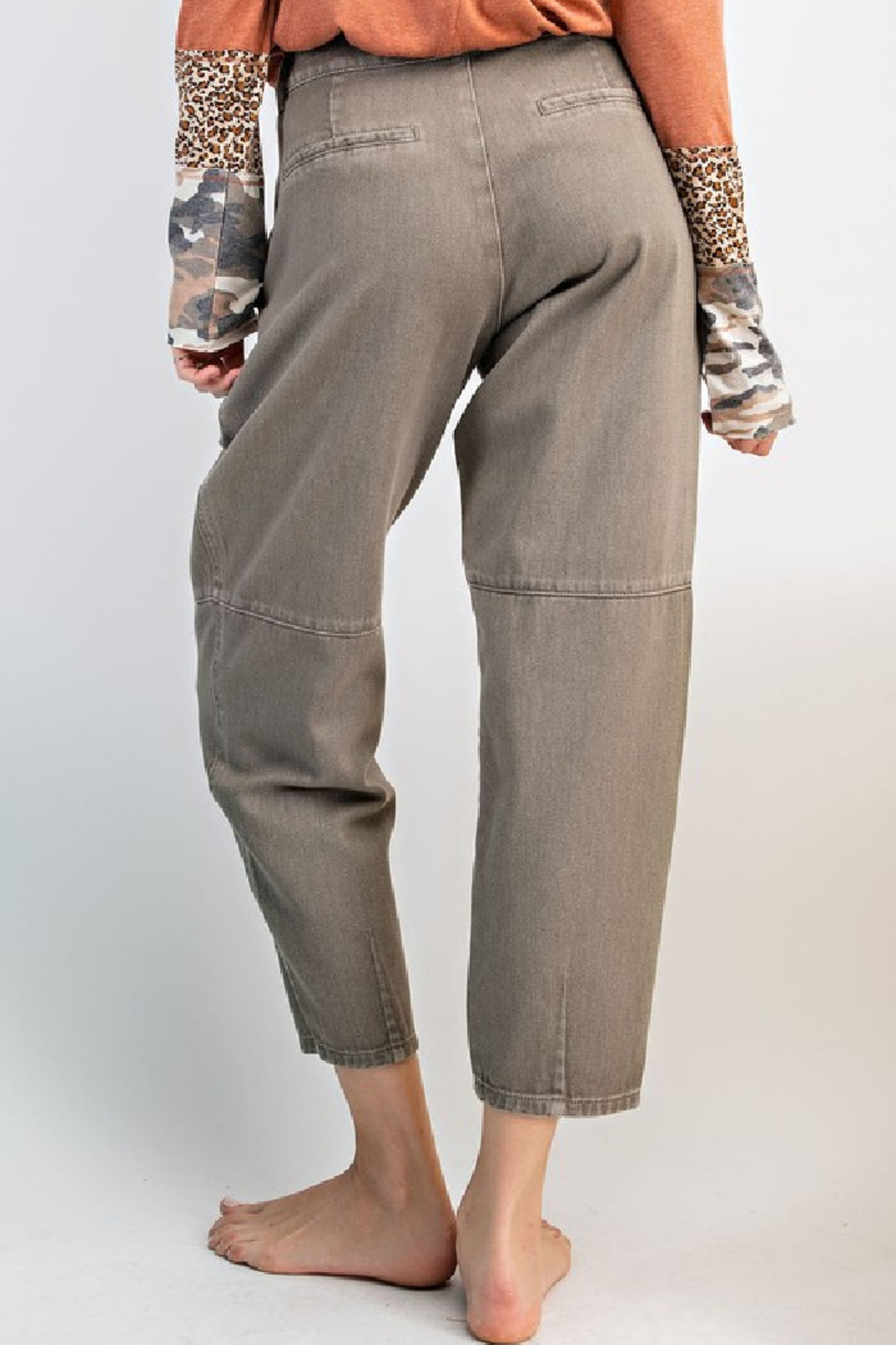 easel  Washed Mom Twill Pant - Side Cropped Image