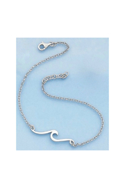 Presco WAVE CHAIN NECKLACE - Front cropped