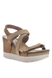 OTBT Wavey Gold Wedge - Product Mini Image