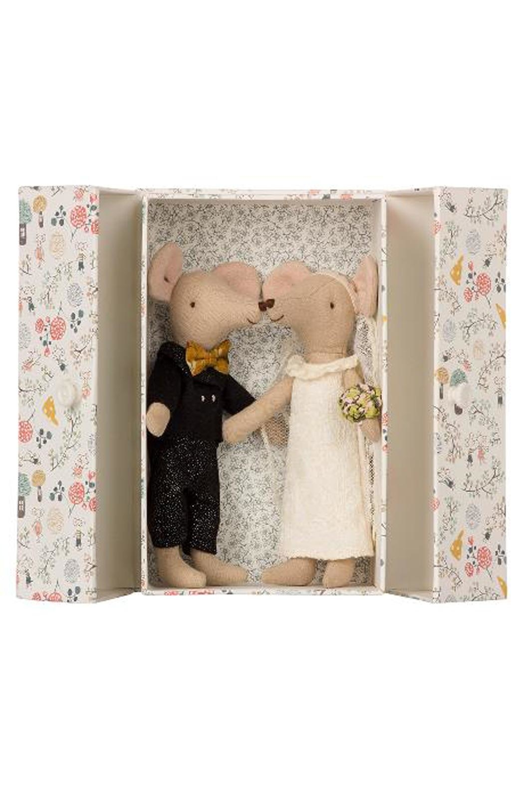 Maileg Wedding Mice Couple - Front Cropped Image