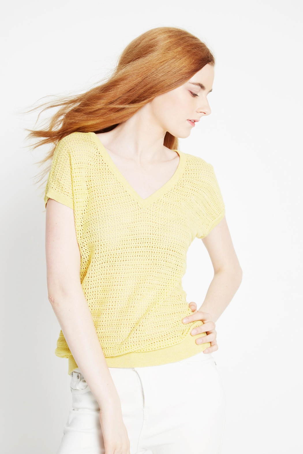 WENHUA DUVERGÉ Yellow Organic Cotton Sweater - Side Cropped Image