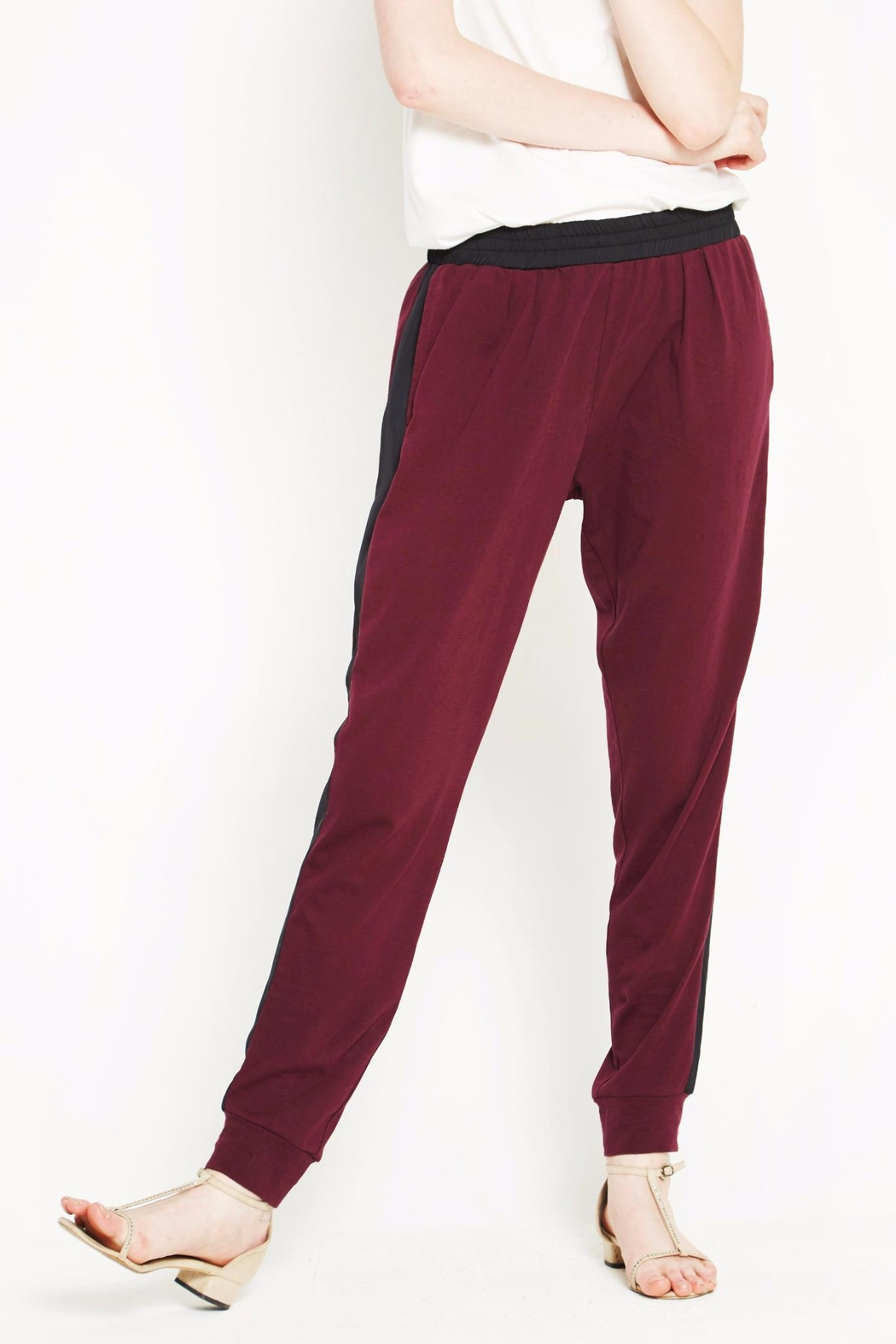 WENHUA DUVERGÉ Red Organic Cotton Sweatpants - Main Image