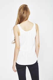 WENHUA DUVERGÉ White Organic Tank Top - Front full body