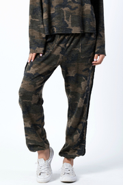 wanderlux  Wexford Pant - Front cropped