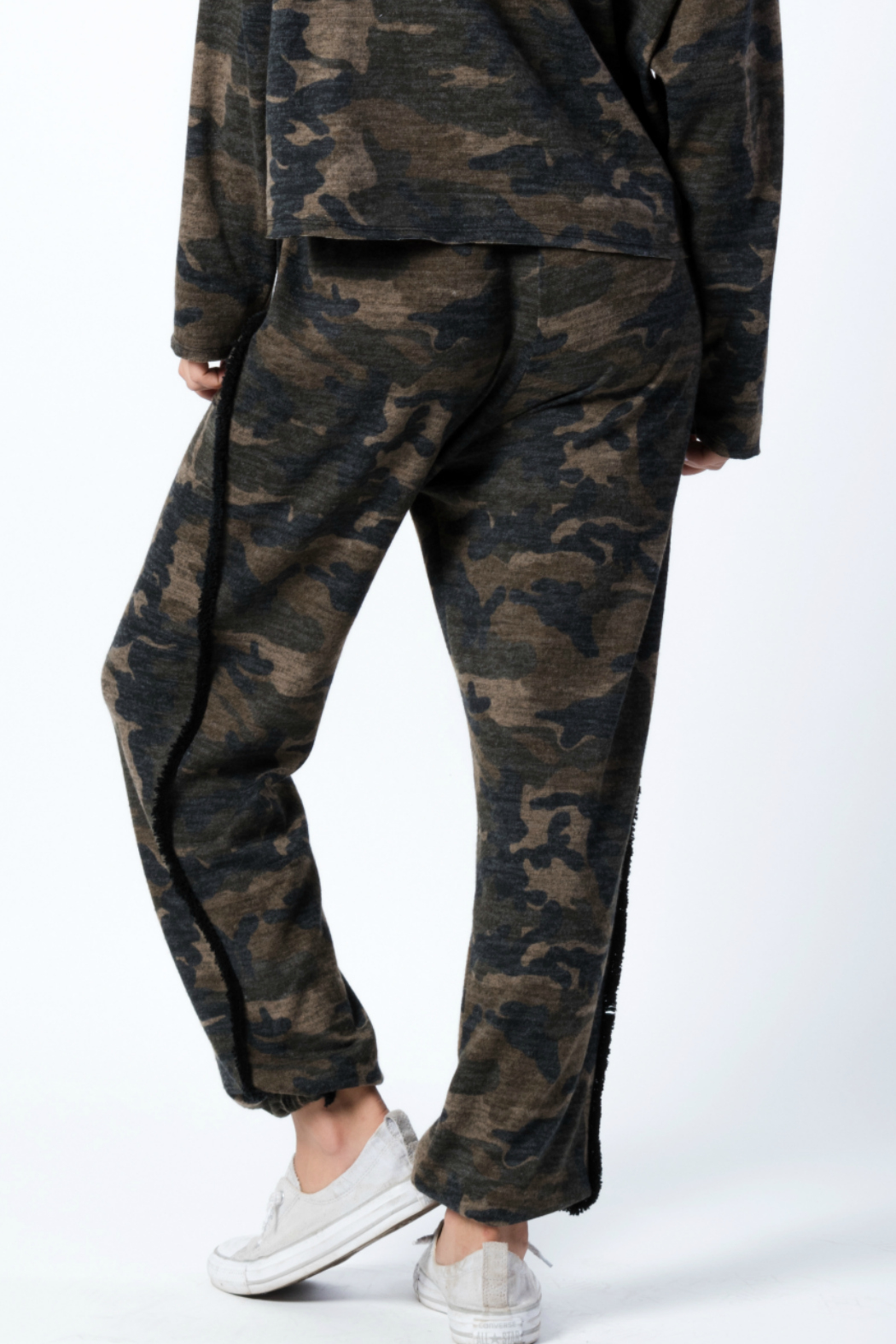 wanderlux  Wexford Pant - Back Cropped Image