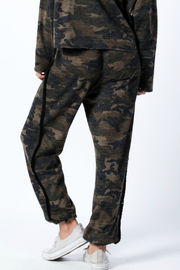 wanderlux  Wexford Pant - Back cropped
