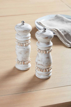 MudPie White Beaded Grinder Set - Alternate List Image