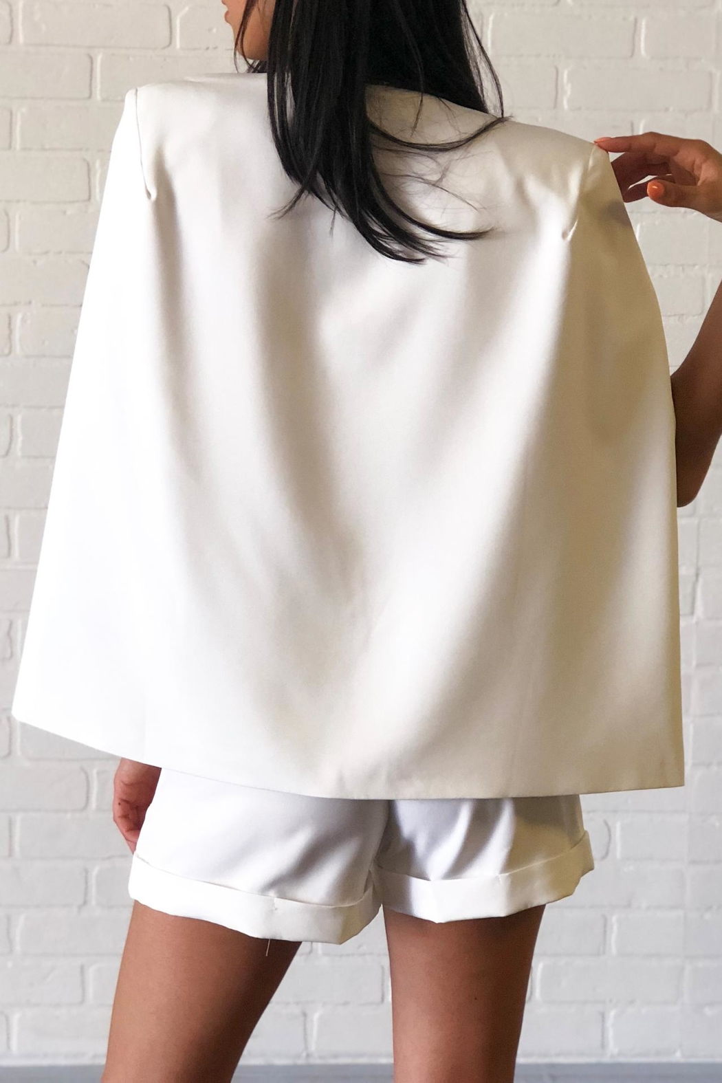 OVI White Cape Blazer - Side Cropped Image