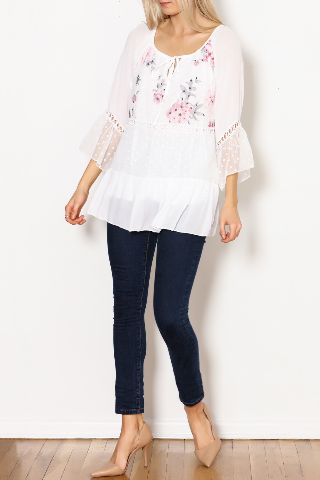 Bella Amore White Dot With Floral Italian Top - Side Cropped Image