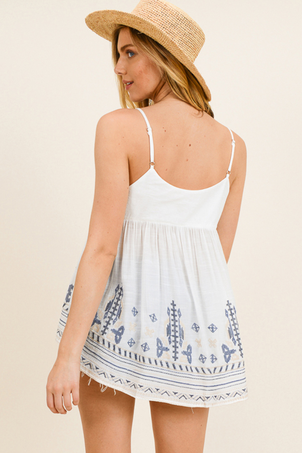 MONTREZ White embroidered peasant tank top - Side Cropped Image
