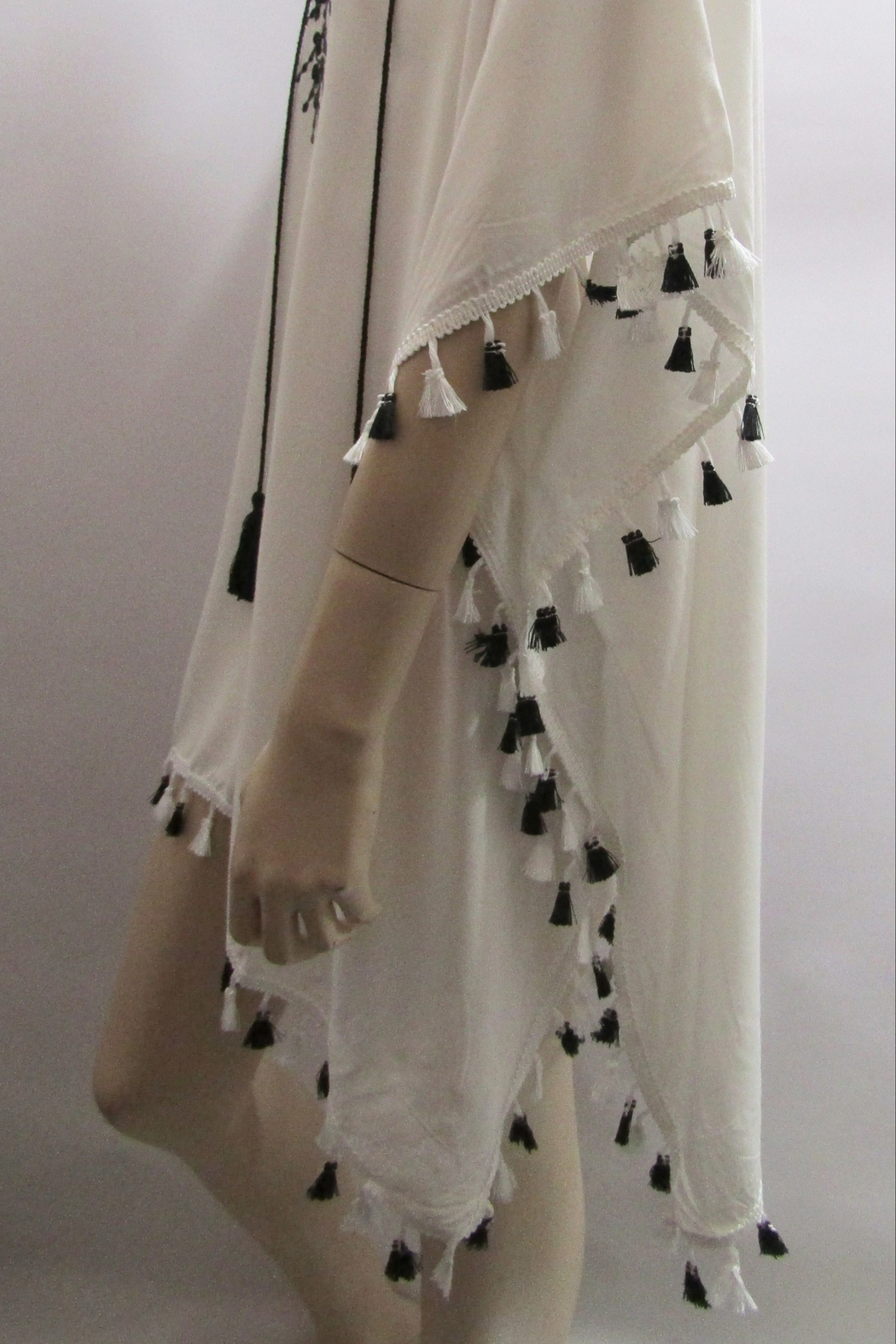 ETC EMBROIDERED FRINGED PONCHO - Side Cropped Image