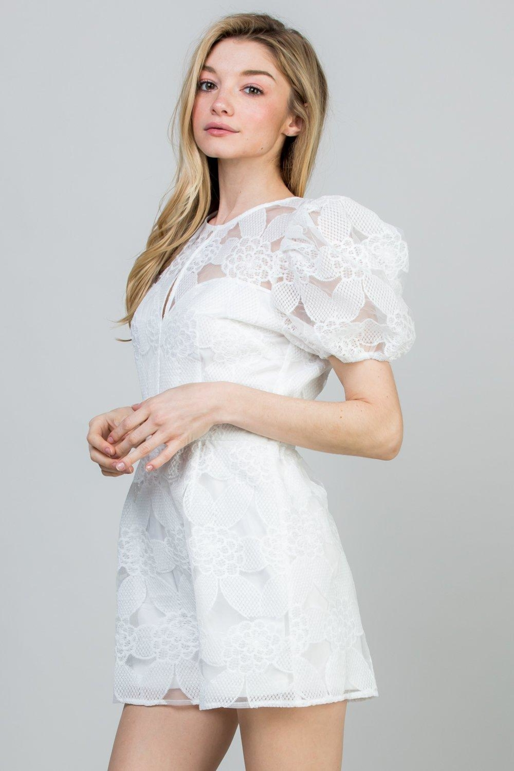 efe4fc5d935 A Peach White Lace Romper from New York by Dor L Dor — Shoptiques