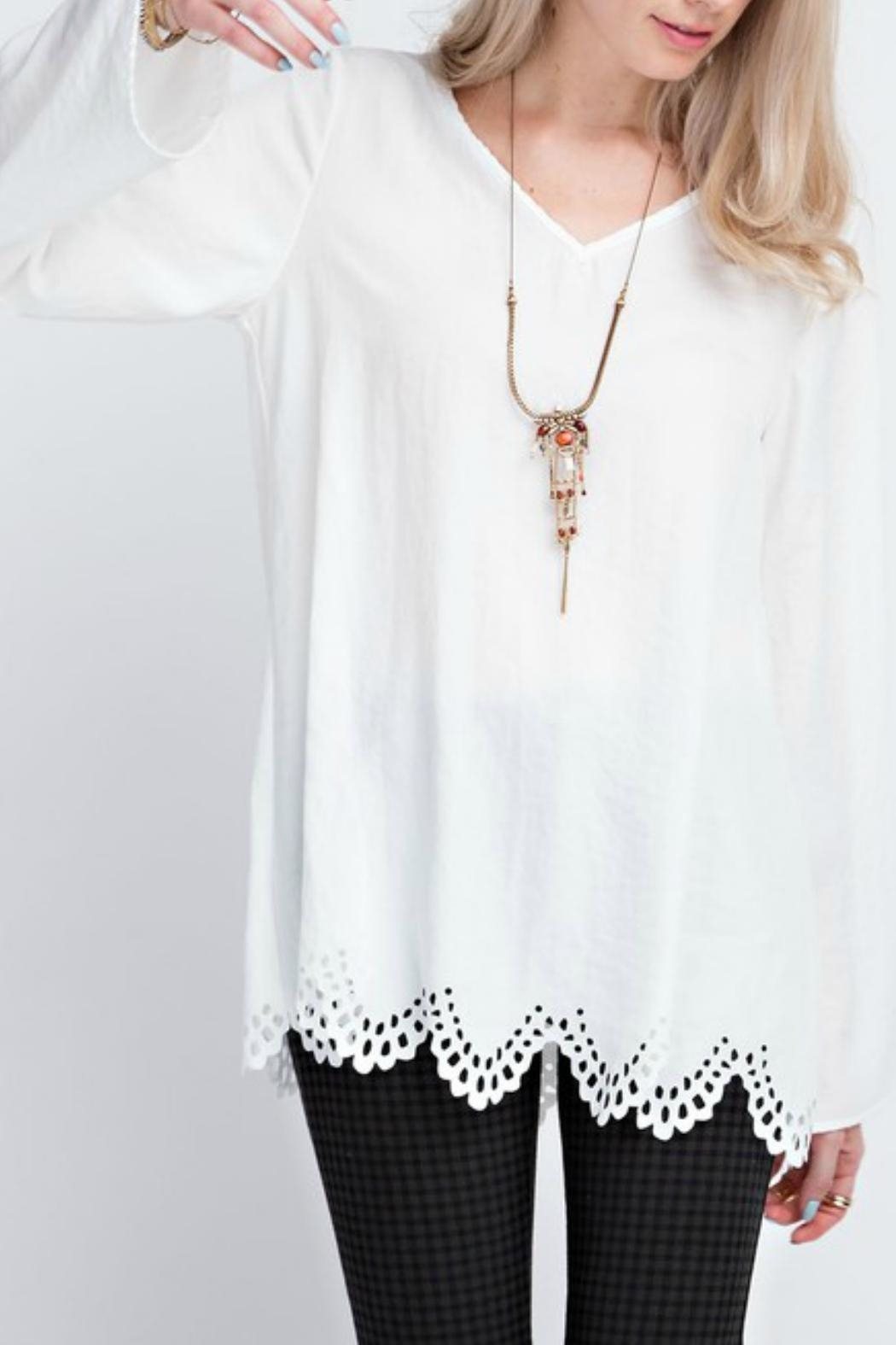 12pm by Mon Ami White Laser-Cut-Hem Top - Side Cropped Image