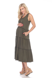 WhiteMark White Mark's Maternity Scoop Neck Tiered Midi Dress - Front cropped