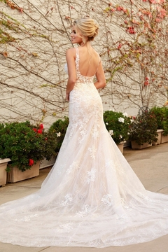 NOX A N A B E L White & Nude Lace Fit & Flare Bridal Gown - Alternate List Image