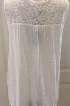 Ethyl White Pleated Tunic tank with Lace - Alternate List Image