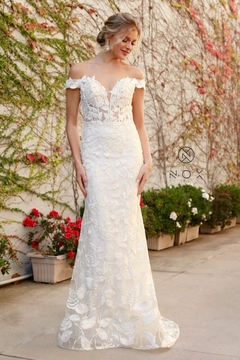 NOX A N A B E L White Rose Embroidered Off Shoulder Bridal Gown - Product List Image