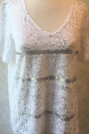 Yest white/silver fancy T shirt - Product Mini Image