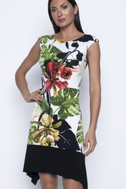 Frank Lyman White sleeveless dress with floral print - Product Mini Image