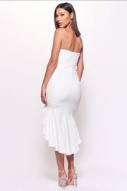 Chikas White Strapless Dress - Side cropped