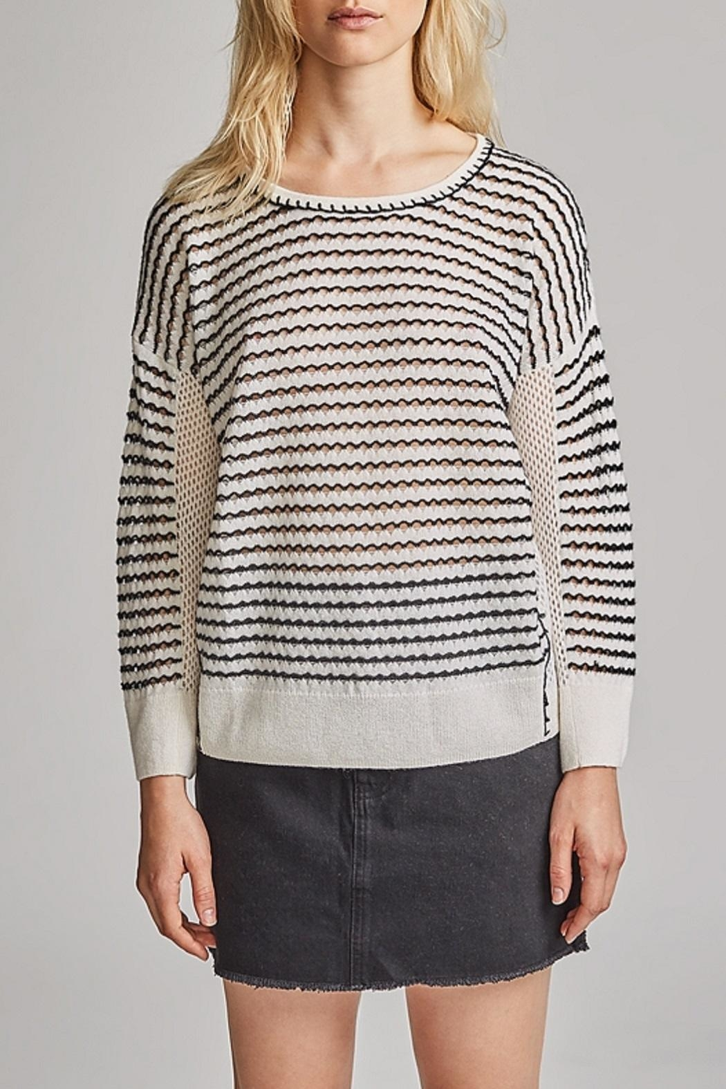 White + Warren Cashmere Crew Neck Sweater - Front Cropped Image