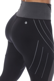 White Mark High-Waist Reflective Piping Fitness Leggings - Back cropped