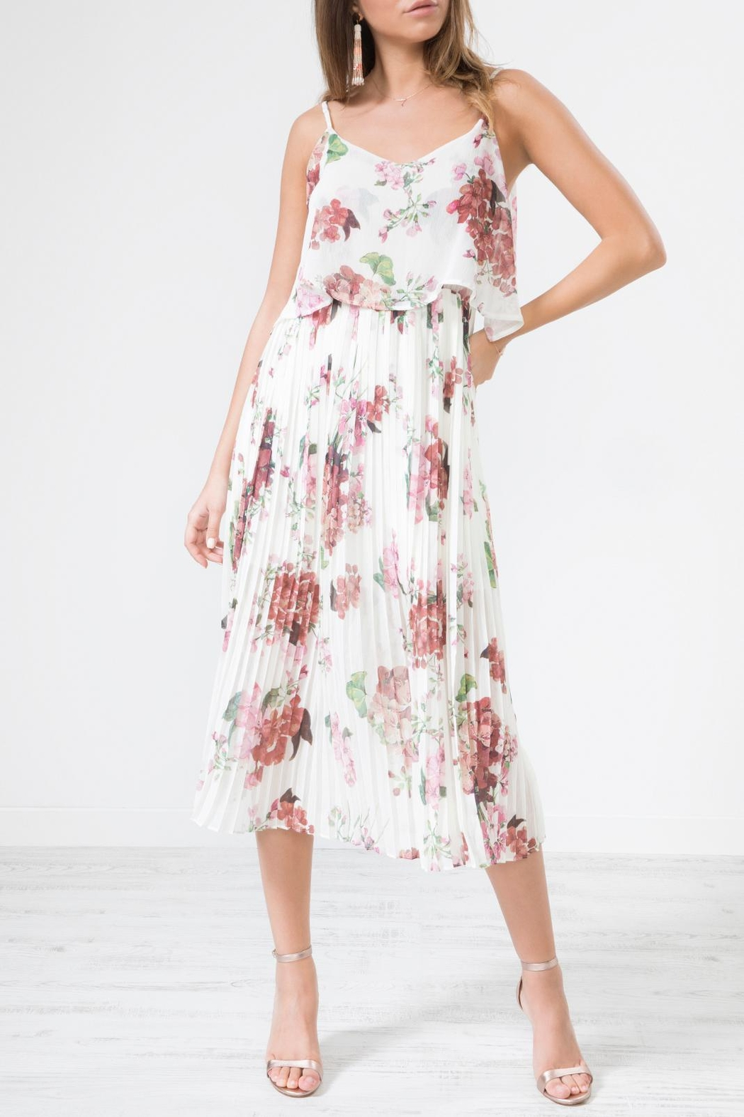 Urban Touch Whitefloralprint Pleated Camimididress - Front Full Image