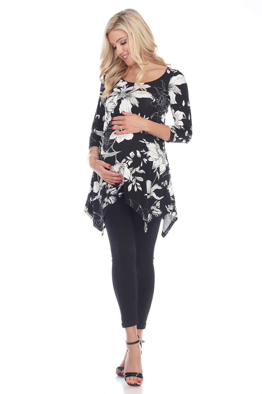 WhiteMark 's Maternity Floral Scoop Neck Tunic Top with Pockets - Main Image