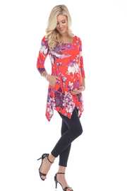 WhiteMark 's Maternity Floral Scoop Neck Tunic Top with Pockets - Front cropped