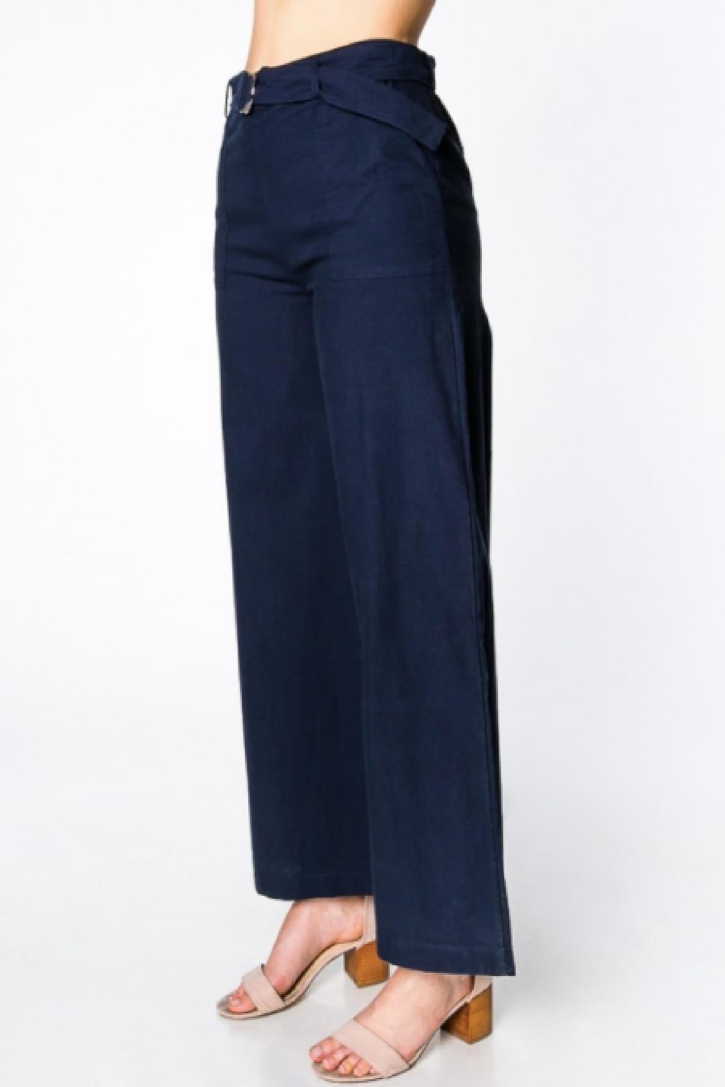 Everly Wide-Leg Belted Pants - Side Cropped Image
