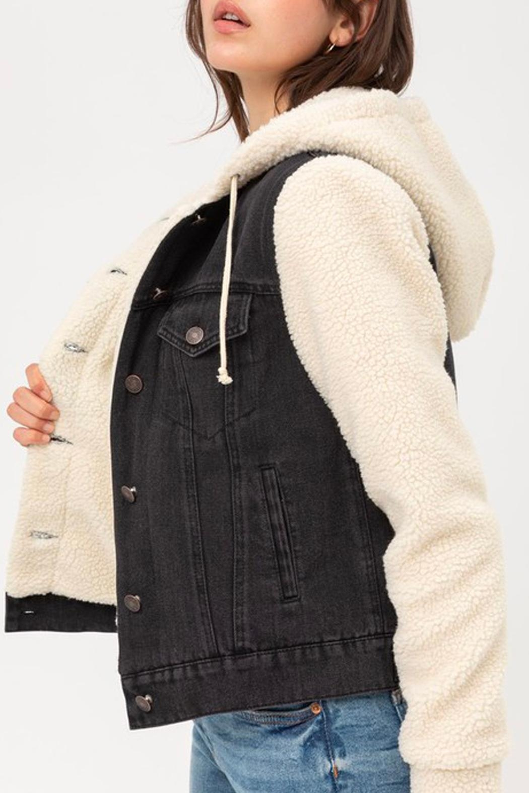 Wild Lilies Jewelry  Denim Sherpa Jacket - Side Cropped Image