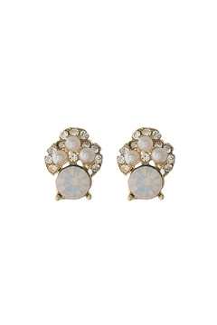 Wild Lilies Jewelry  Pearl Stud Earrings - Product List Image