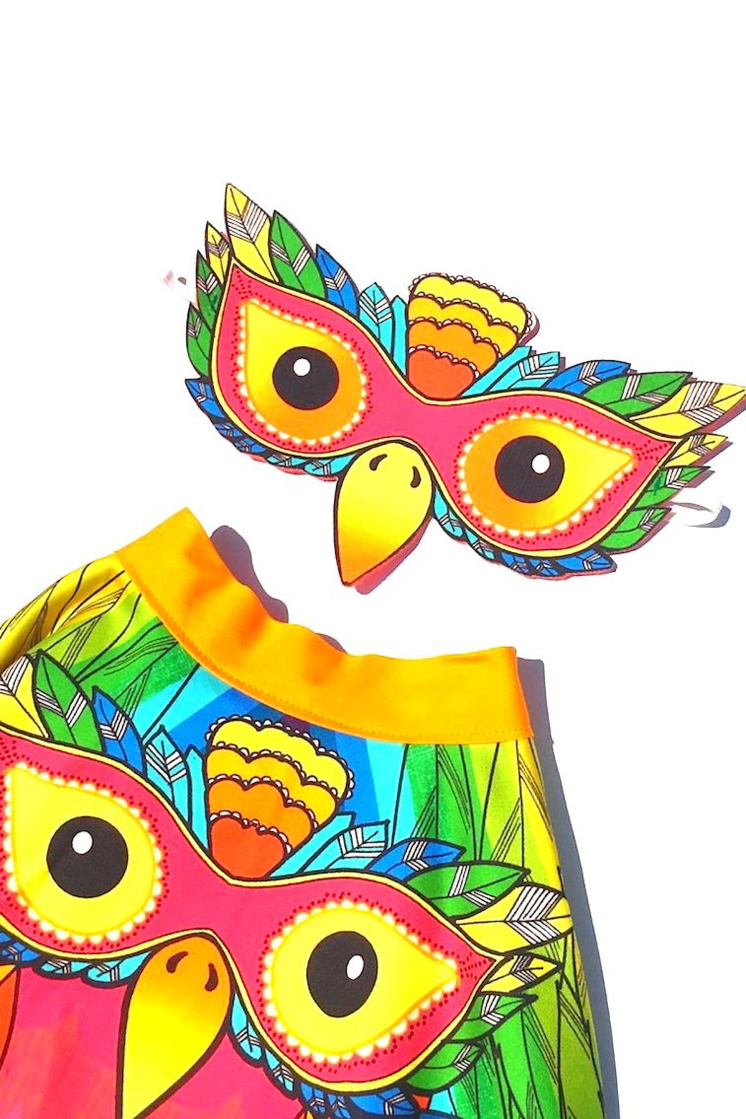 Wild Things Parrot Play Cape - Front Full Image