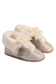 Robeez Willa Bootie - Front cropped
