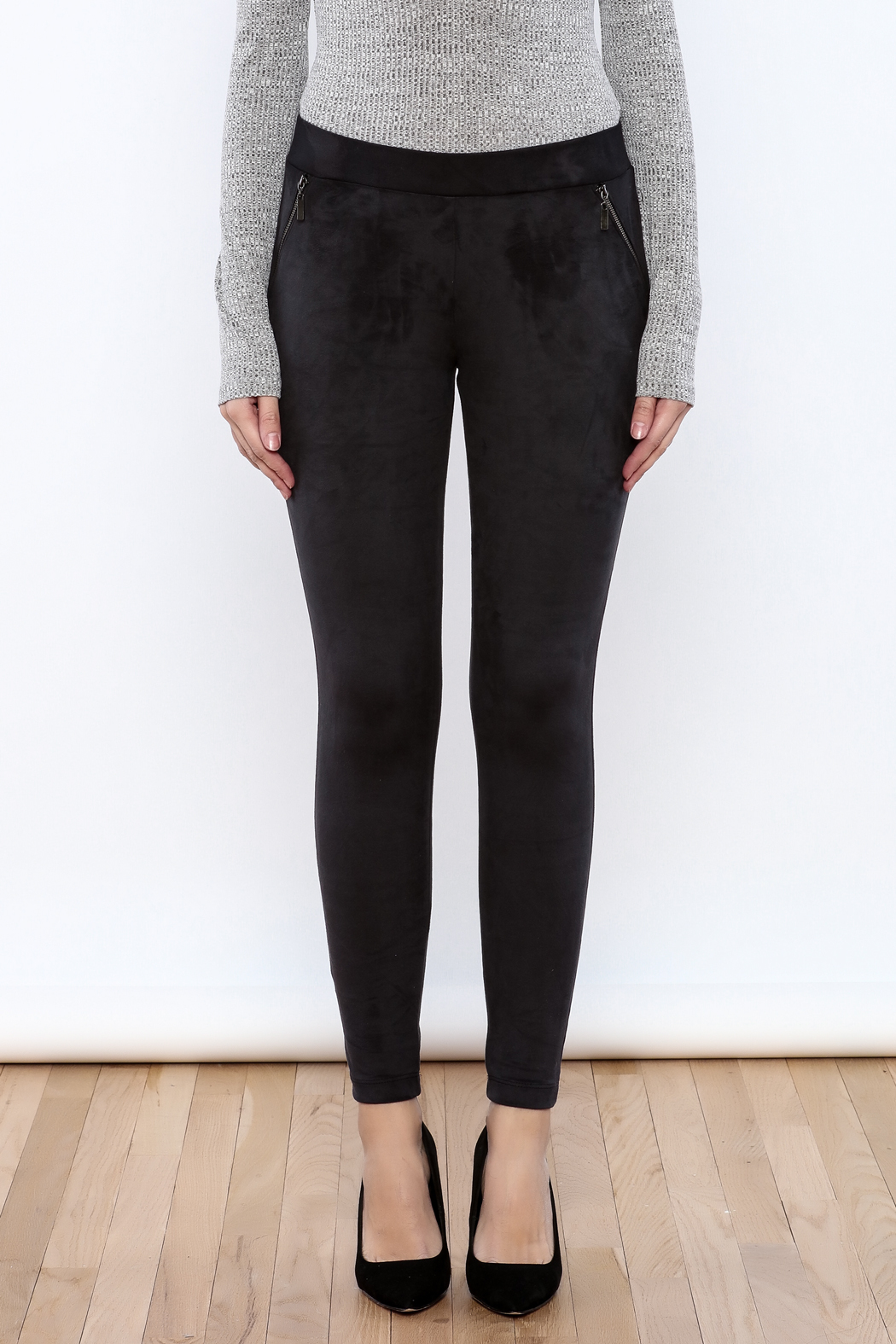 Willow & Clay The Suedette Legging - Side Cropped Image