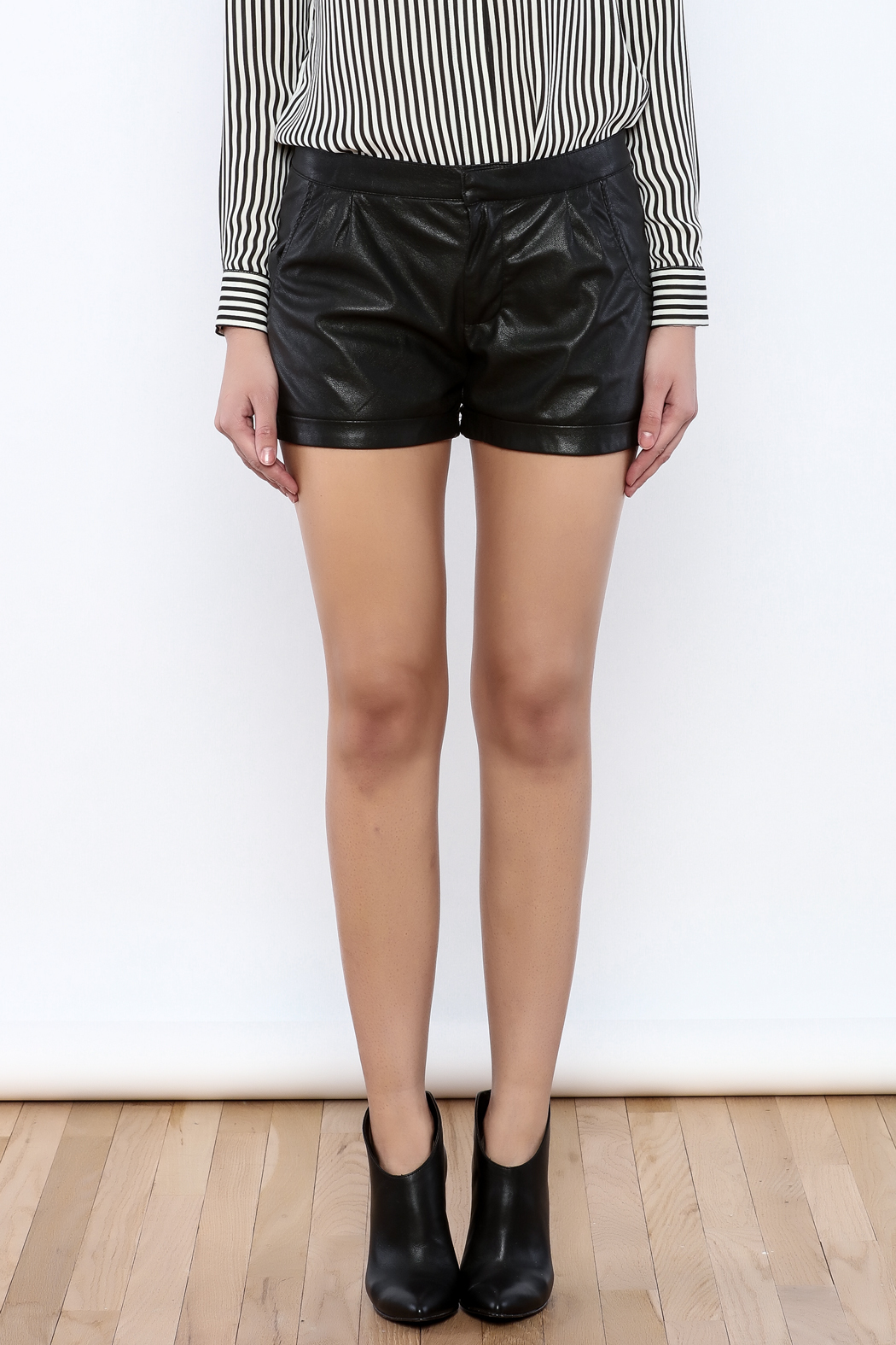 Willow & Clay Vegan Leather Shorts - Side Cropped Image