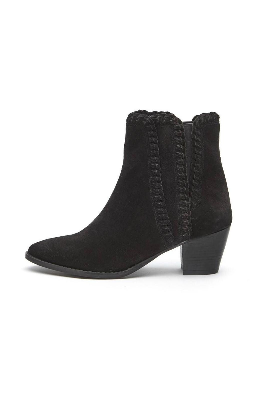 Matisse Footwear Willow Bootie w Stitching Detail - Front Cropped Image
