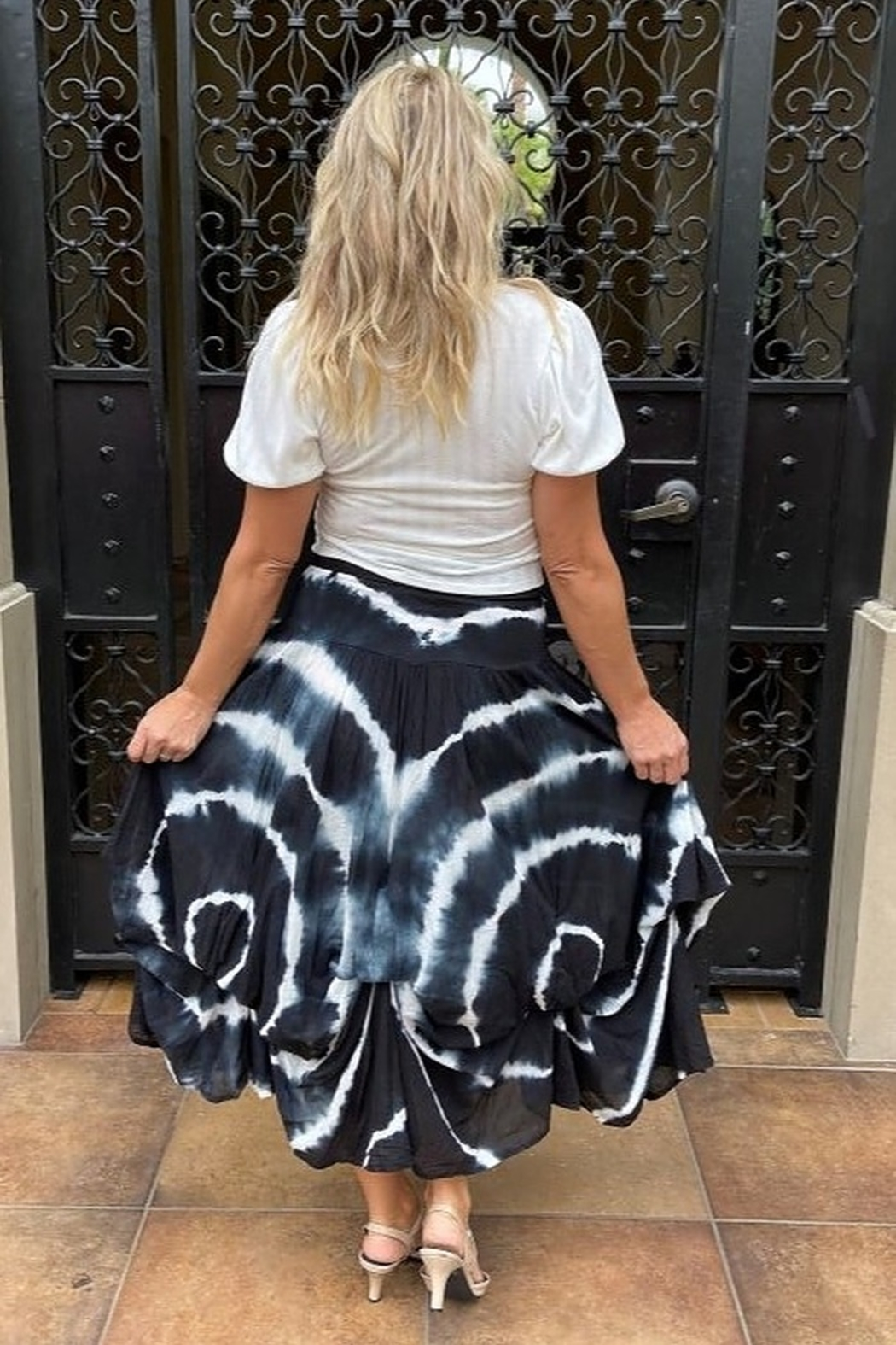 Apparel Love Willow Tie-Dye bubble Skirt - Side Cropped Image