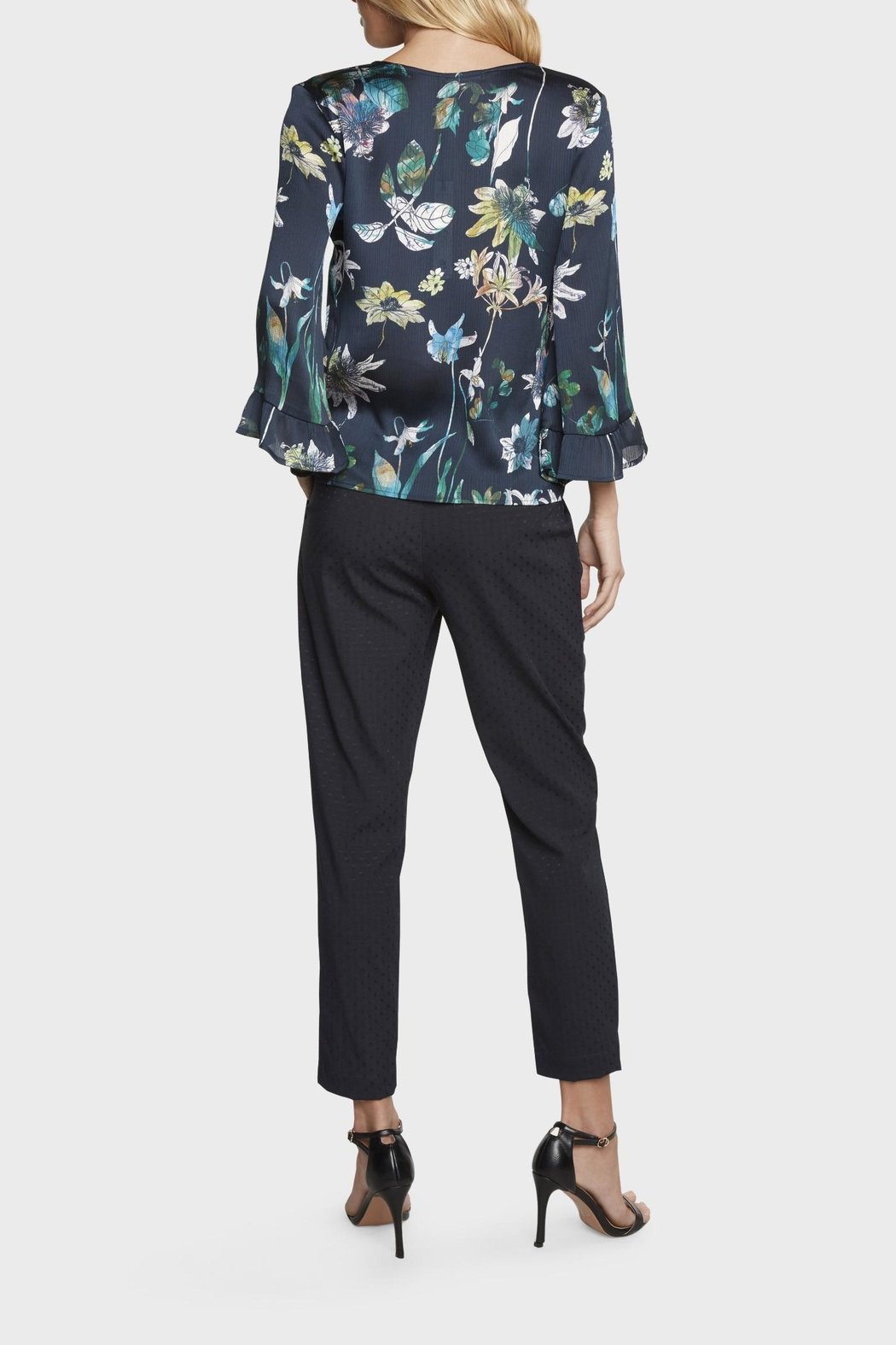 Willow & Clay Floral Bell Sleeve Top - Side Cropped Image