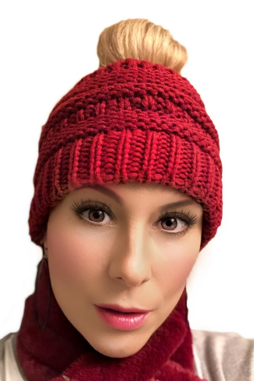 Gift Craft Winter Bun Hat - Front Cropped Image