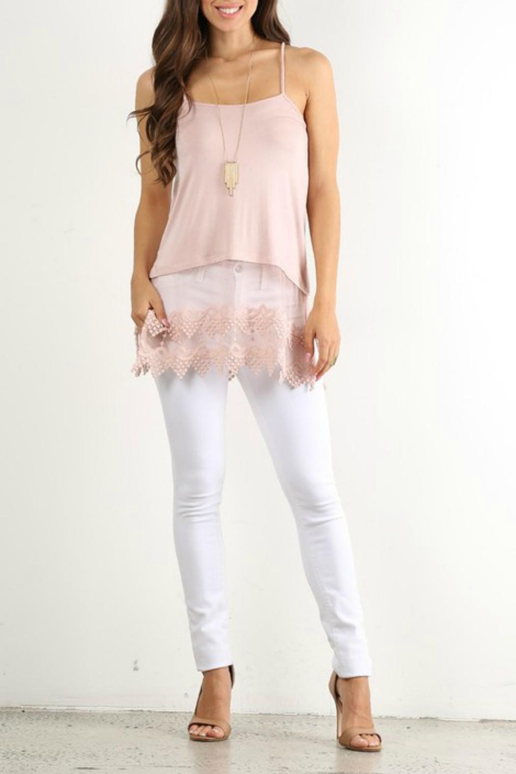 Winter Lennon Pointed Top Extender - Front Cropped Image