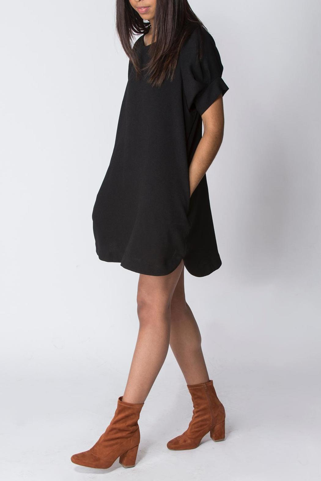 Wishlist Boxy Shift Dress - Front Cropped Image