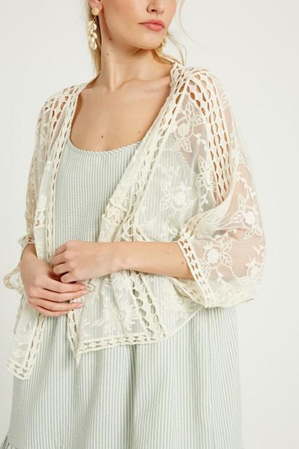 Wishlist Floral Lace Kimono - Front Full Image