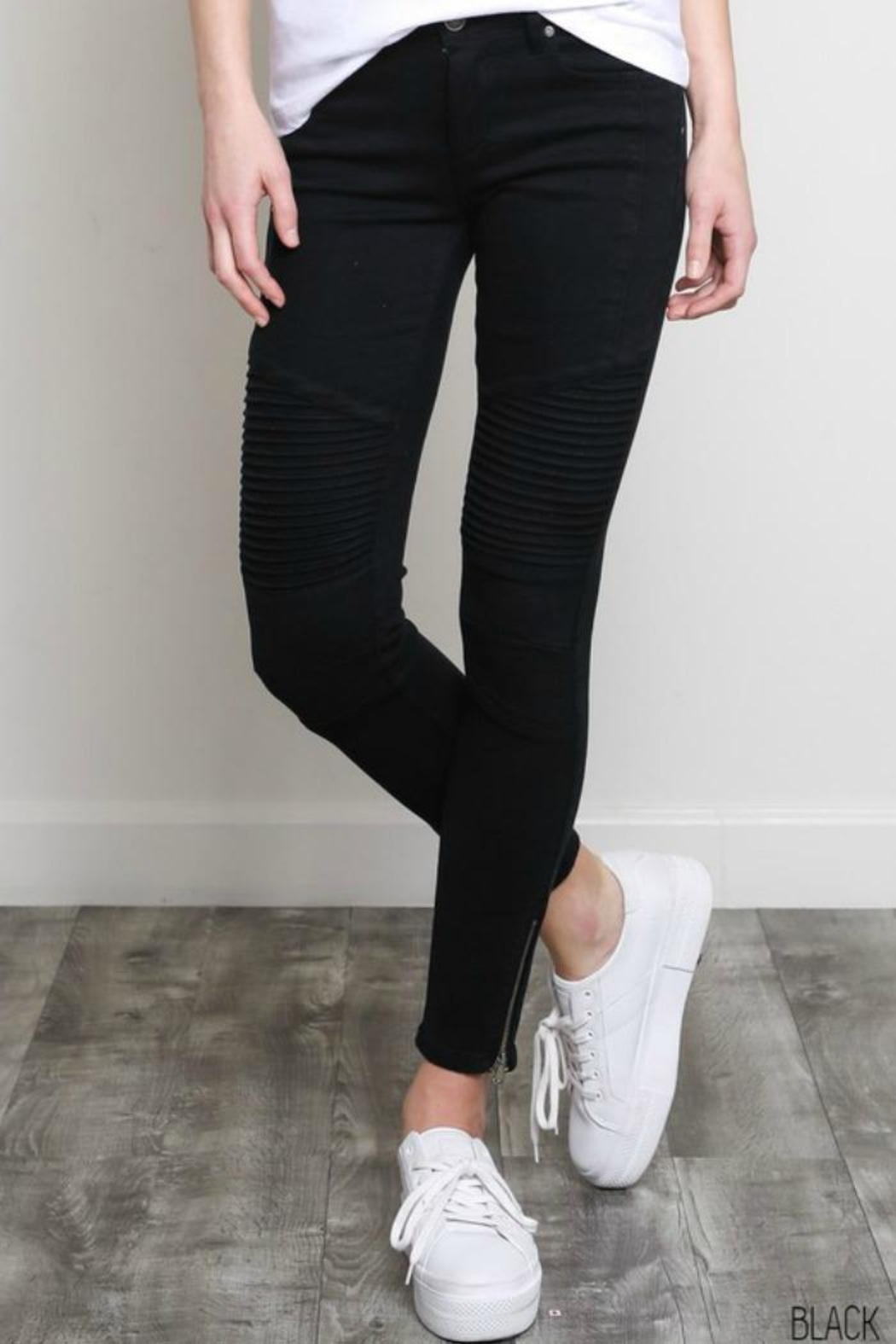 Wishlist Motto Pants - Front Cropped Image