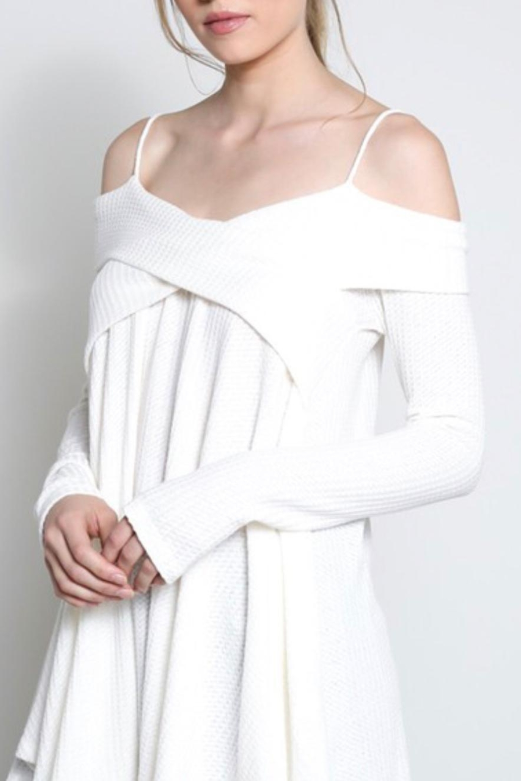 Wishlist Off-The-Shoulder Thermal - Front Cropped Image
