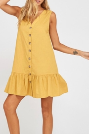 Wishlist Sleevless Shift Dress - Front cropped
