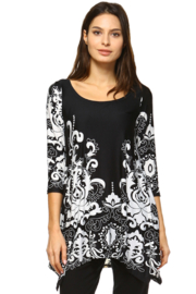 White Mark  Women's Yanette Tunic Top - Front cropped